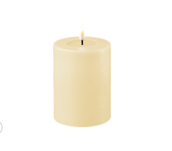 Creme LED-Stumpenkerze 7,5cm x 10 cm von Deluxe Homeart